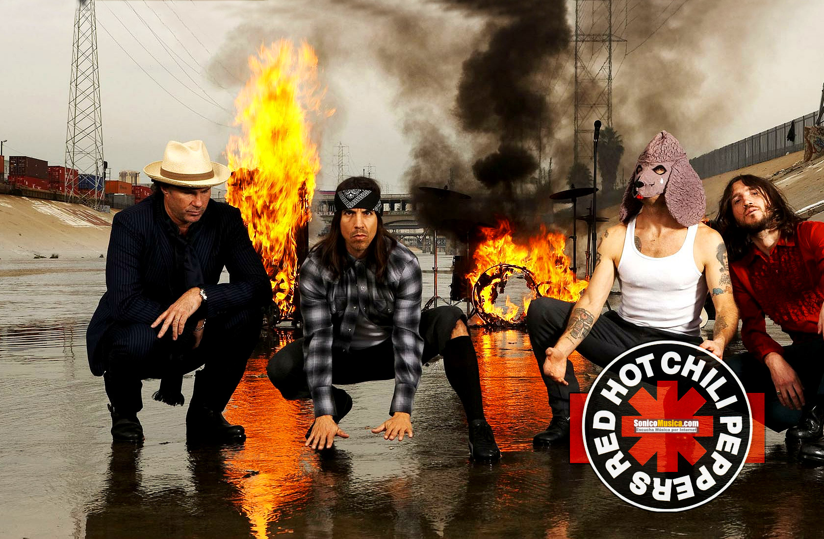 Red-Hot-Chili-Peppers-40